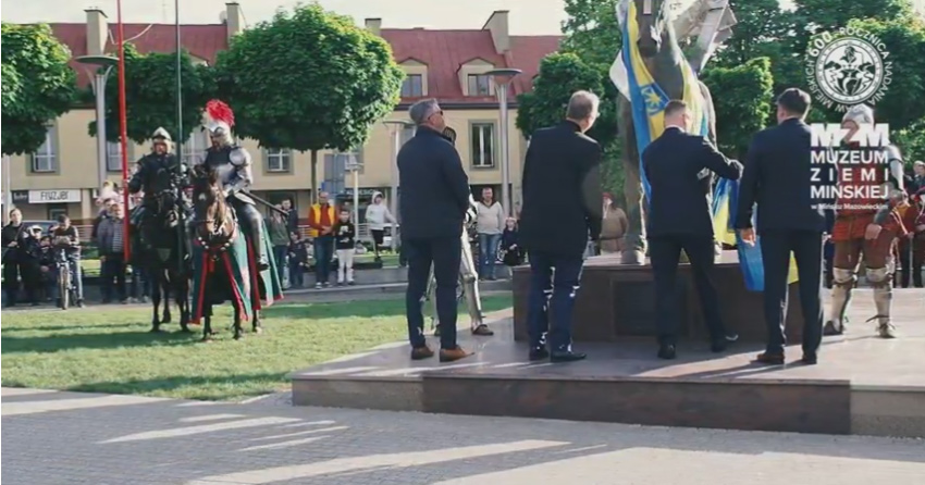 Odsłonięcie rzeźby Jana z Gościańczyc na Starym Rynku w Mińsku Mazowieckim.